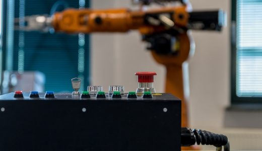 工場のロボット導入には補助金が使えるかも?受給対象などはきちんと押さえておきましょう!