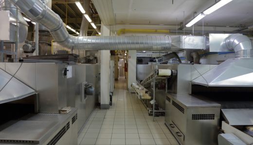 食品工場の天敵「天井の結露」。今すぐでも始められる結露対策は?